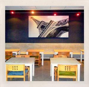 Cafetería' Fernando Torres © 2010