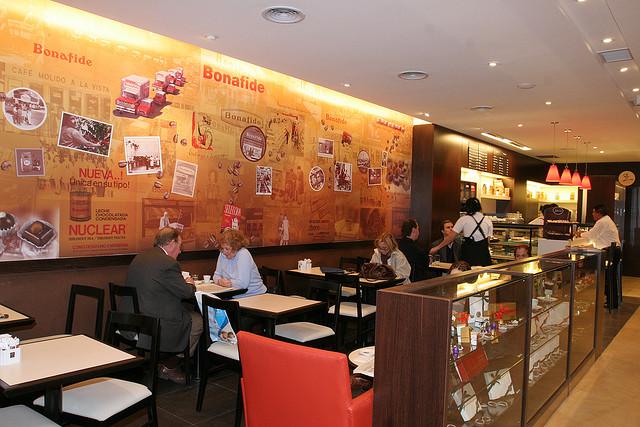 Estrategia paola bornacelli for Mesas para negocio comidas rapidas